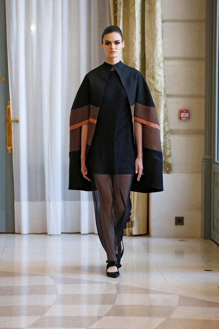 00042-RR331-couture-fall-2019-credit-Dan-Lecca